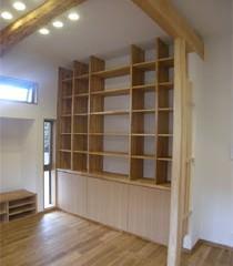 天井まである造作棚